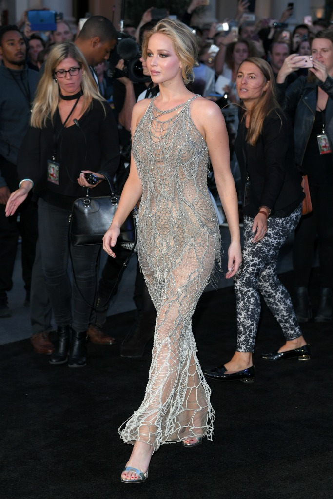 mother! premiere, Atelier Versace, jennifer lawrence