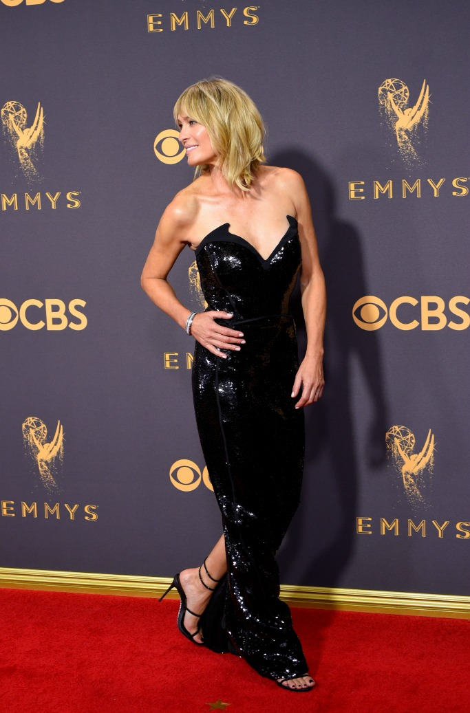 red carpet emmys 2017, robin wright