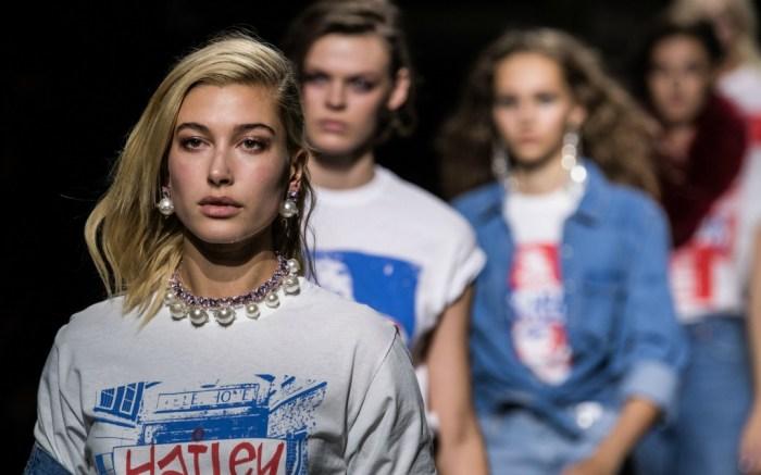 topshop spring 2018, london fashion week, hailey baldwin
