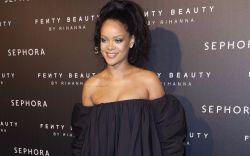 Rihanna at the Fenty Beauty launch