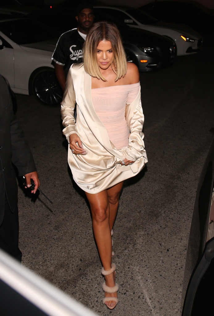 Khloe Kardashian exits A O D after a night out with Tristan Thompson and waits in the car for about 30 minutes before he exits. Pictured: Khloe KardashianRef: SPL1556112 140817 Picture by: Deby / Splash NewsSplash News and PicturesLos Angeles: 310-821-2666New York: 212-619-2666London: 870-934-2666photodesk@splashnews.com