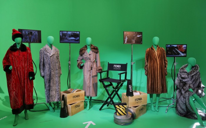 Easy Riders, is inspired by famous car scenes, with a green screen and a real car, it lets visitors take action as Madonna in Evita and Tilda Swinton in The Grand Budapest Hotel.