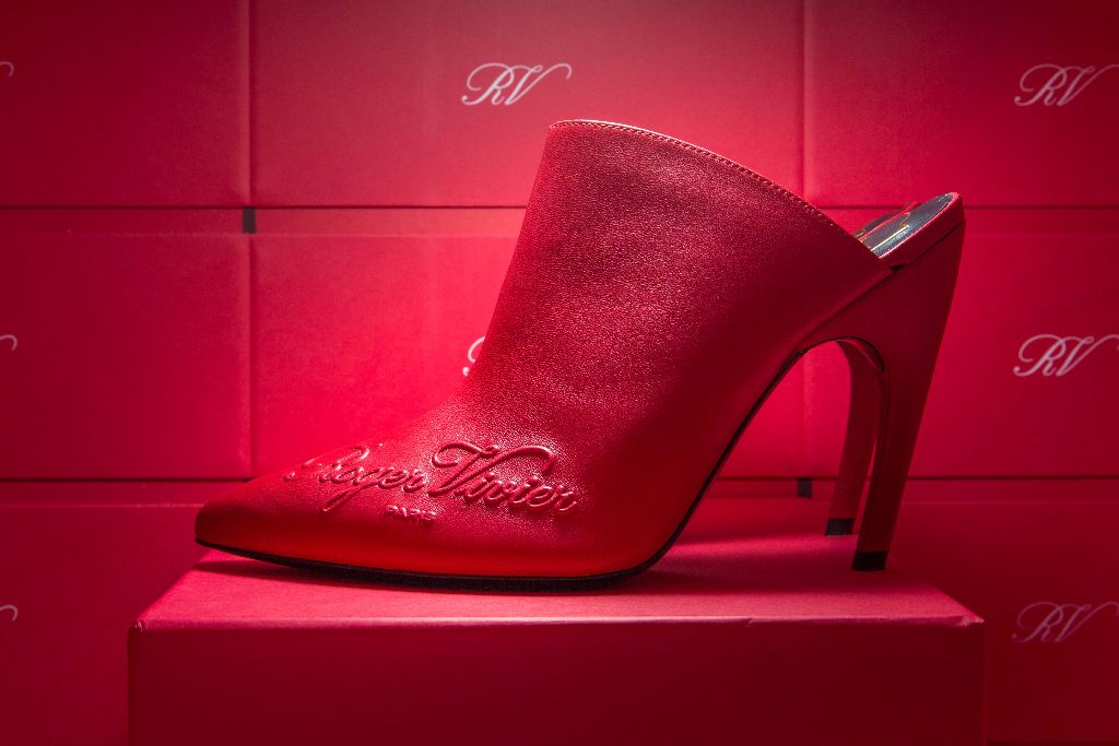 roger vivier spring 2018, paris fashion week