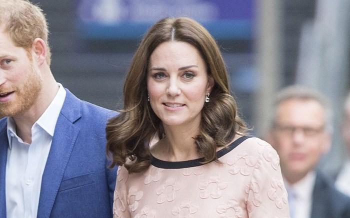 Kate Middleton, Paddington Station