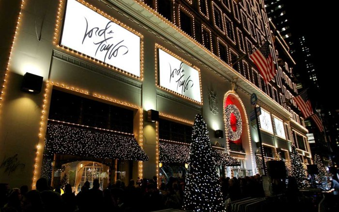 People Walk by Christmas Windows After the Unveiling of the Holiday Window Displays at the Lord and Taylor Store in New York New York Usa On 13 November 2007 Christmas Decorations and Displays Are Being Put out Earlier Each Year by Retailers in an Effort to Generate More Revenue From the HolidayUsa Christmas Decorations - Nov 2007
