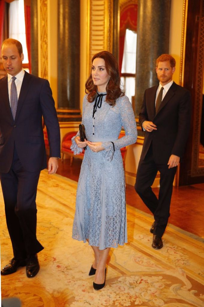 kate middleton pregnant at world mental health day in london october 2017