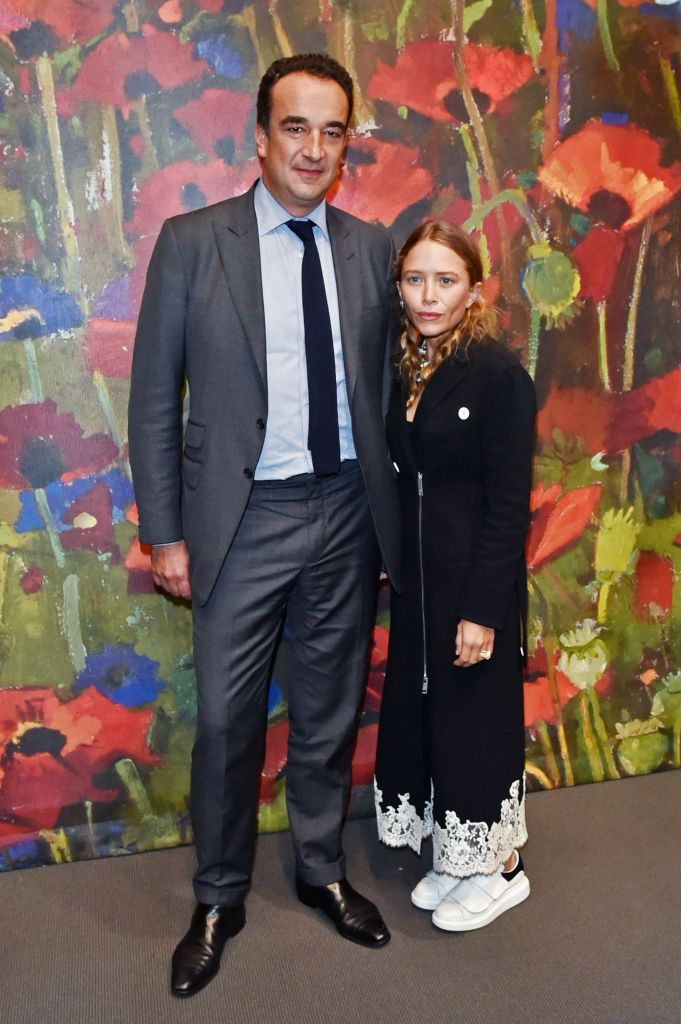 Mary-Kate Olsen makes rare red carpet appearance with husband, Olivier Sarkozy.