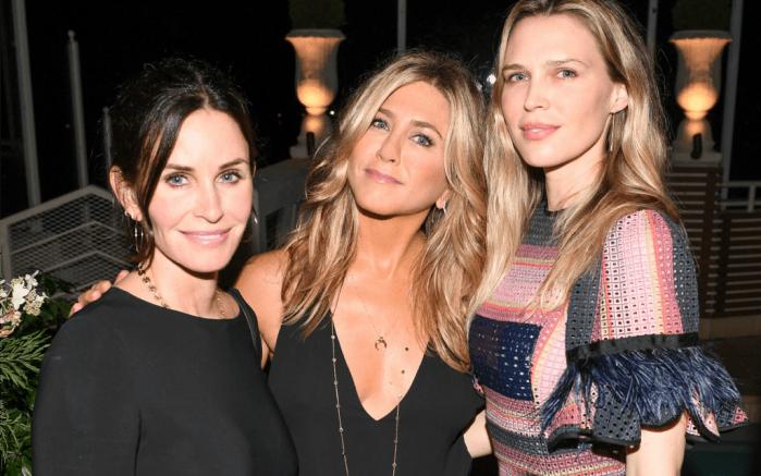 Courteney Cox, Jennifer Aniston and Sara Foster