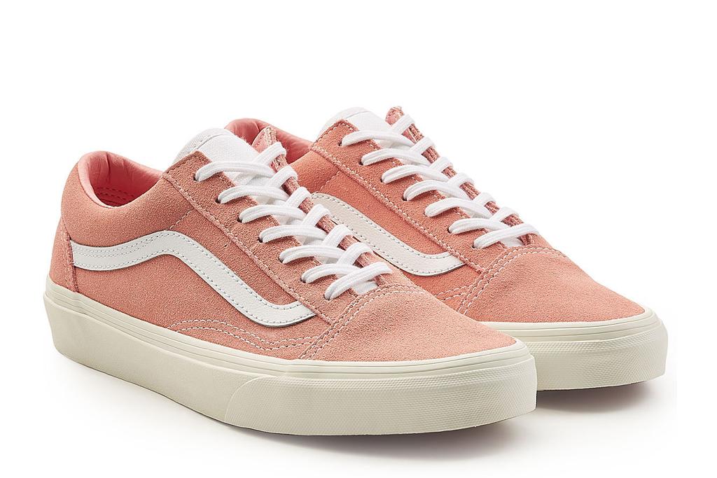 Viral Vans Sneakers