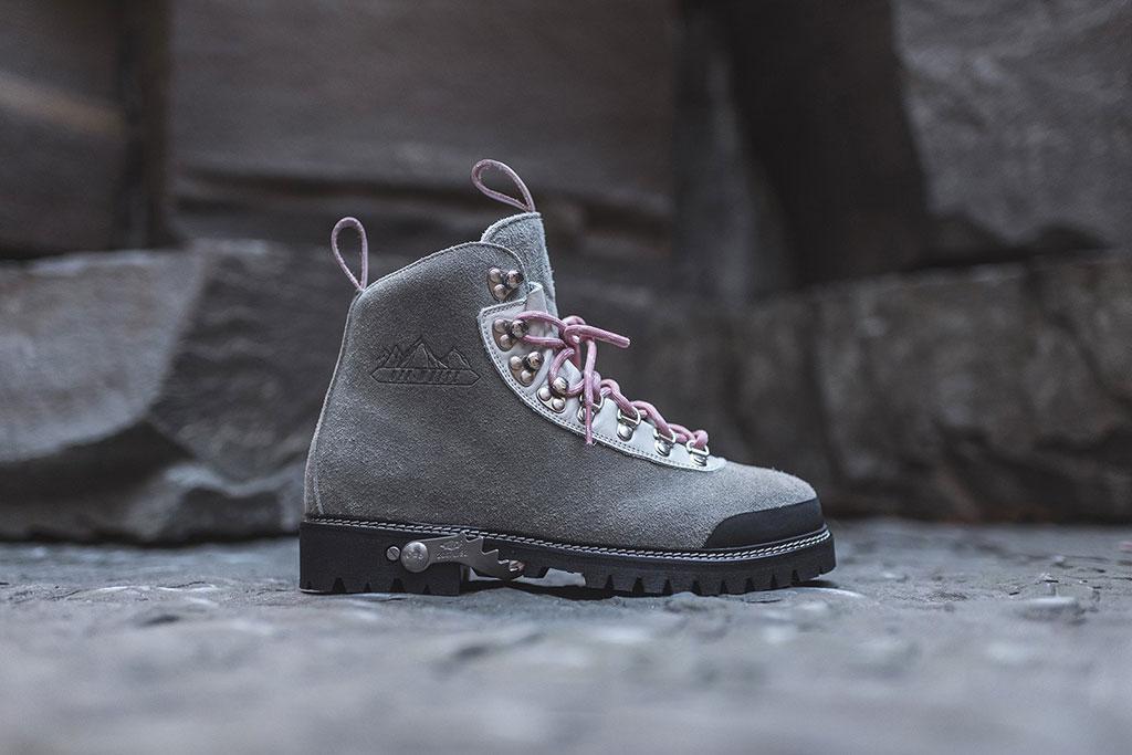 Ronnie Fieg x Off-White hiking boot