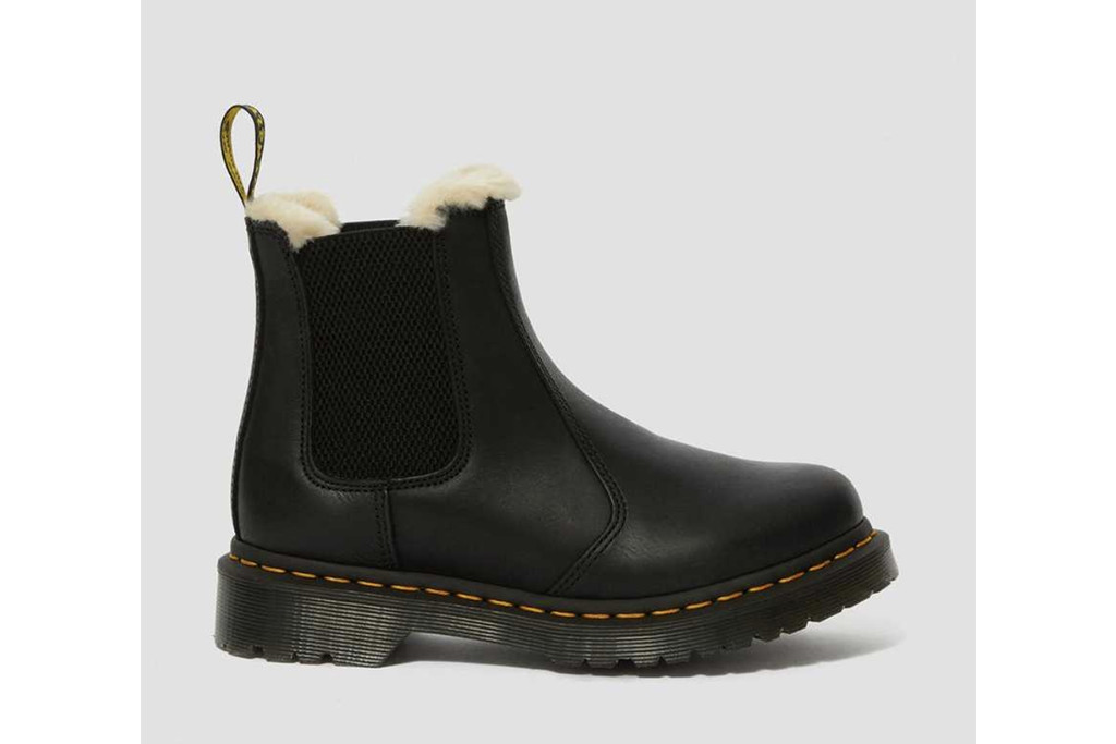 dr. martens winter boots, best winter boots for women, womens winter boots
