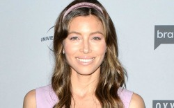 See Jessica Biel's Nude Pumps and