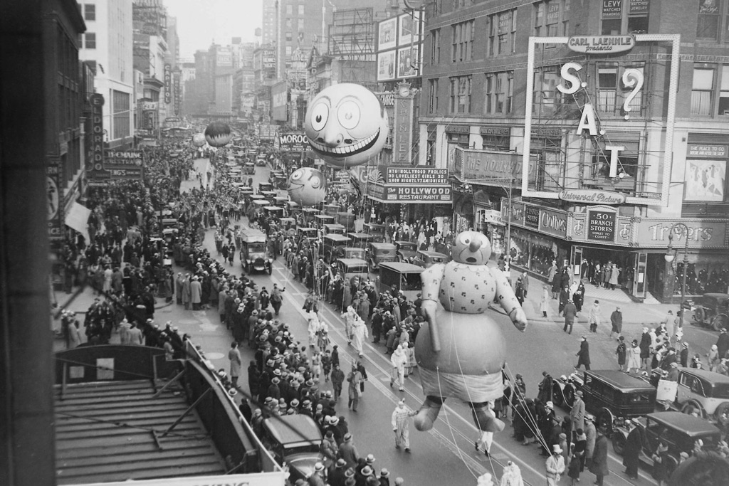 Macy's Thanksgiving Day Parade 1930.