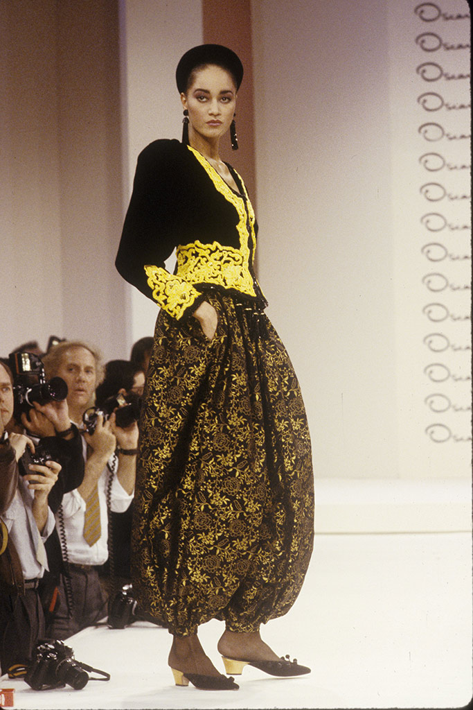 oscar de la renta, ready to wear, fashion show, 1980s, fall 1988
