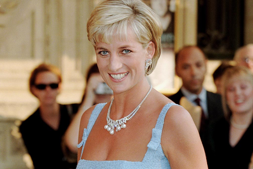 5 Of Princess Diana S Favorite Fashion Trends Are Back In Style Footwear News