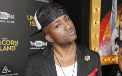 swoozie, adande thorne, youtube, lace up