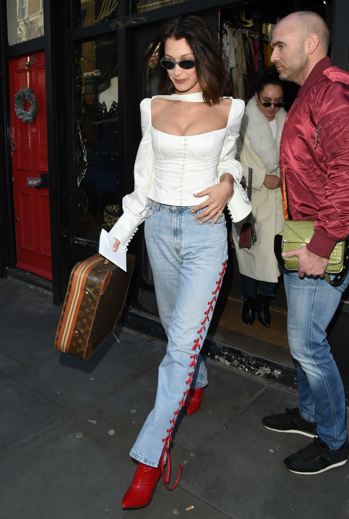 bella hadid, shopping, red boots
