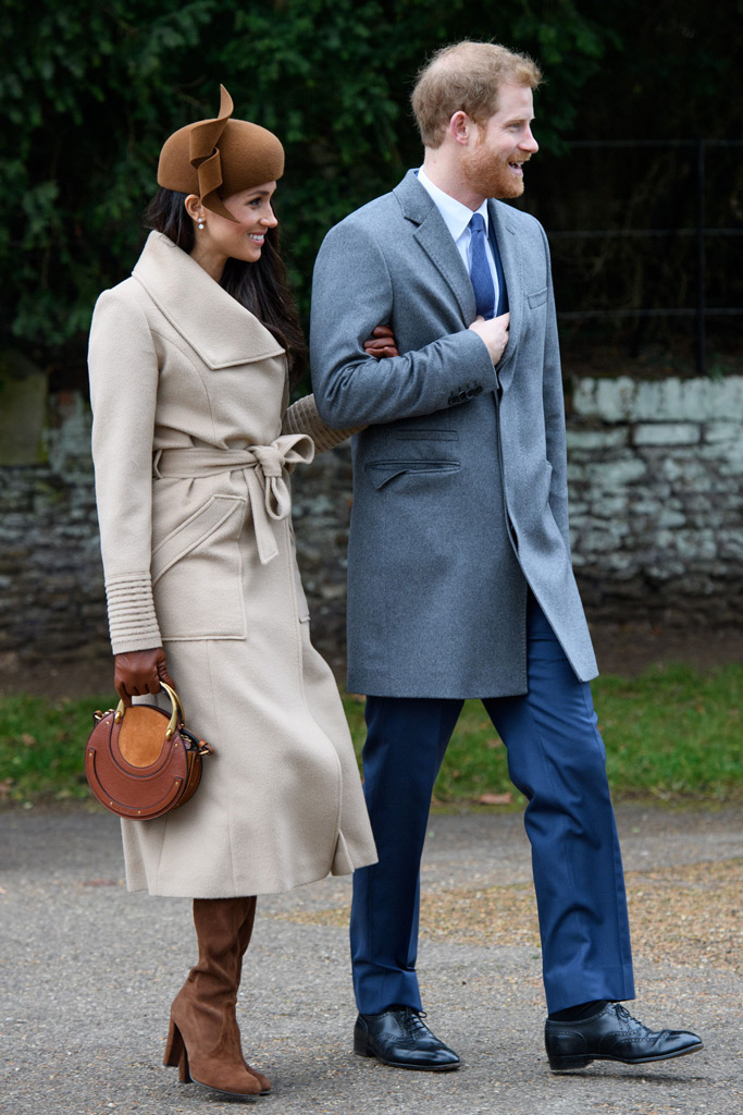 Meghan Markle, christmas, 2019, church, tan coat, stuart weitzman, brown boots, celeb style, royal style, fascinator