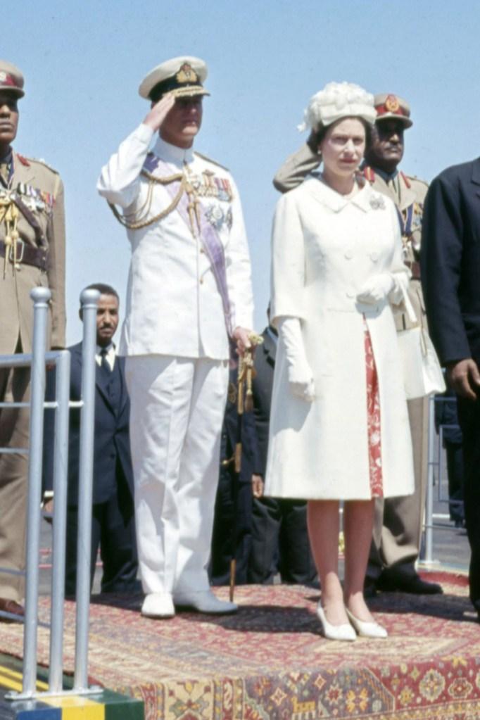 queen elizabeth ii sudan 1965 young