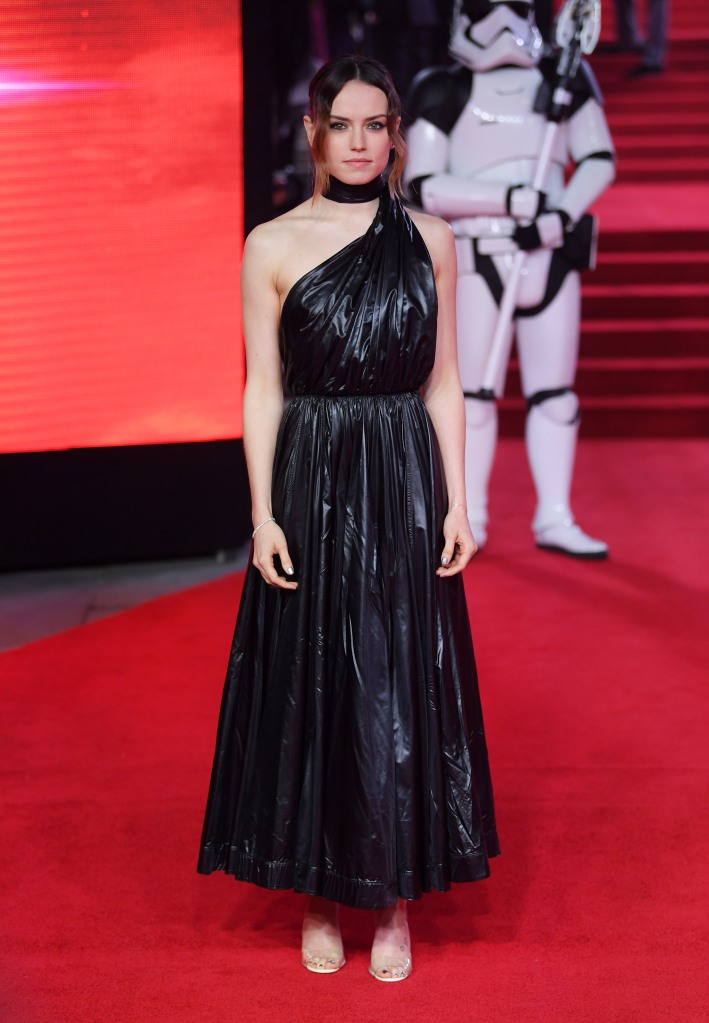 """Daisy Ridley at the """"Star Wars: The Last Jedi"""" film premiere in London."""