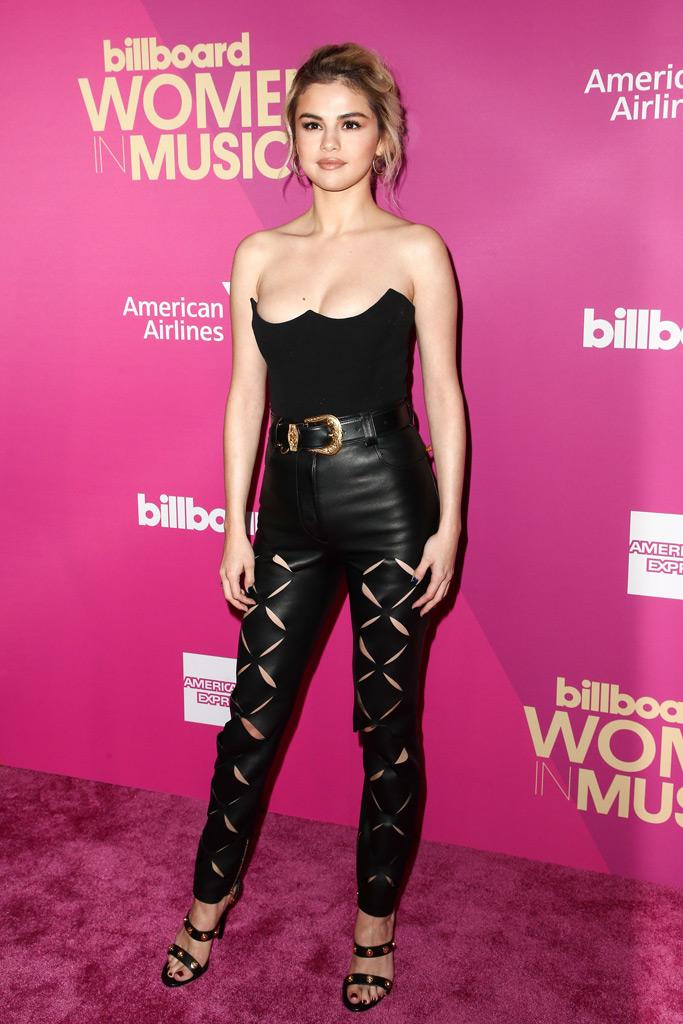 Selena Gomez, Billboard Women in music, red carpet