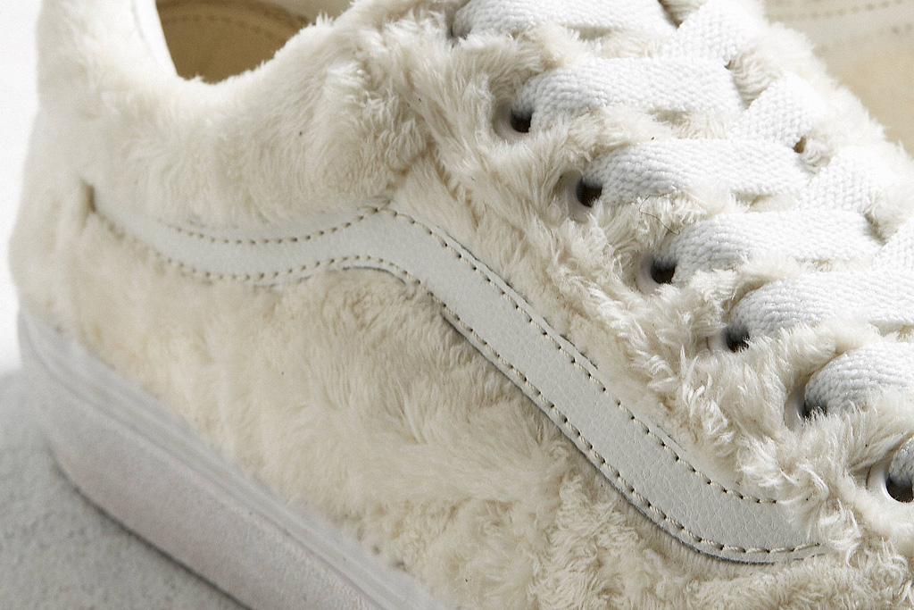 Cozy Sherpa Fleece – Footwear