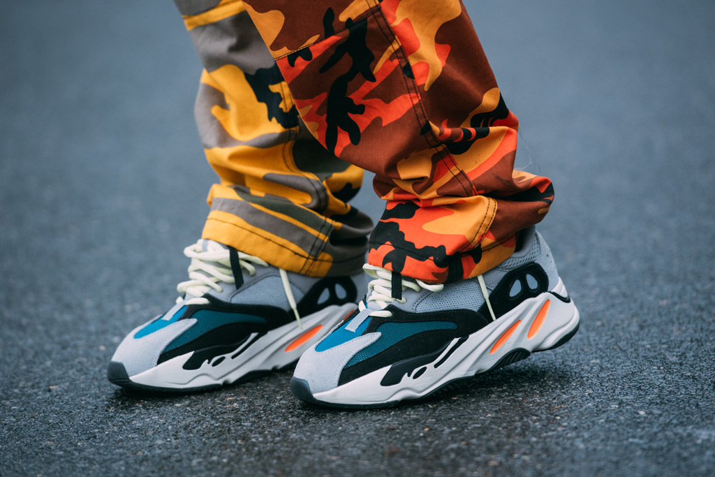 yeezy wave runner outfit ideas