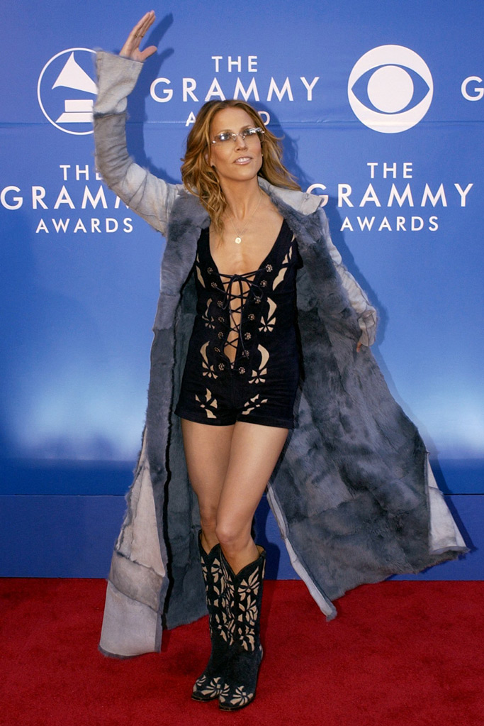 Sheryl Crow, cowboy boots, grammy awards, 2002, red carpet, celebrity style