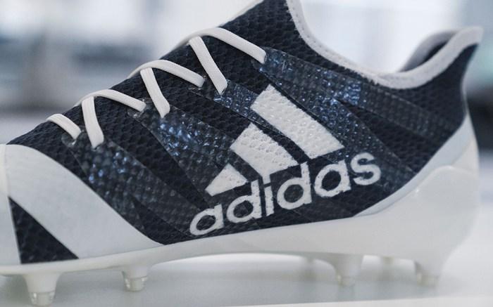 Adidas AM4MN football cleats