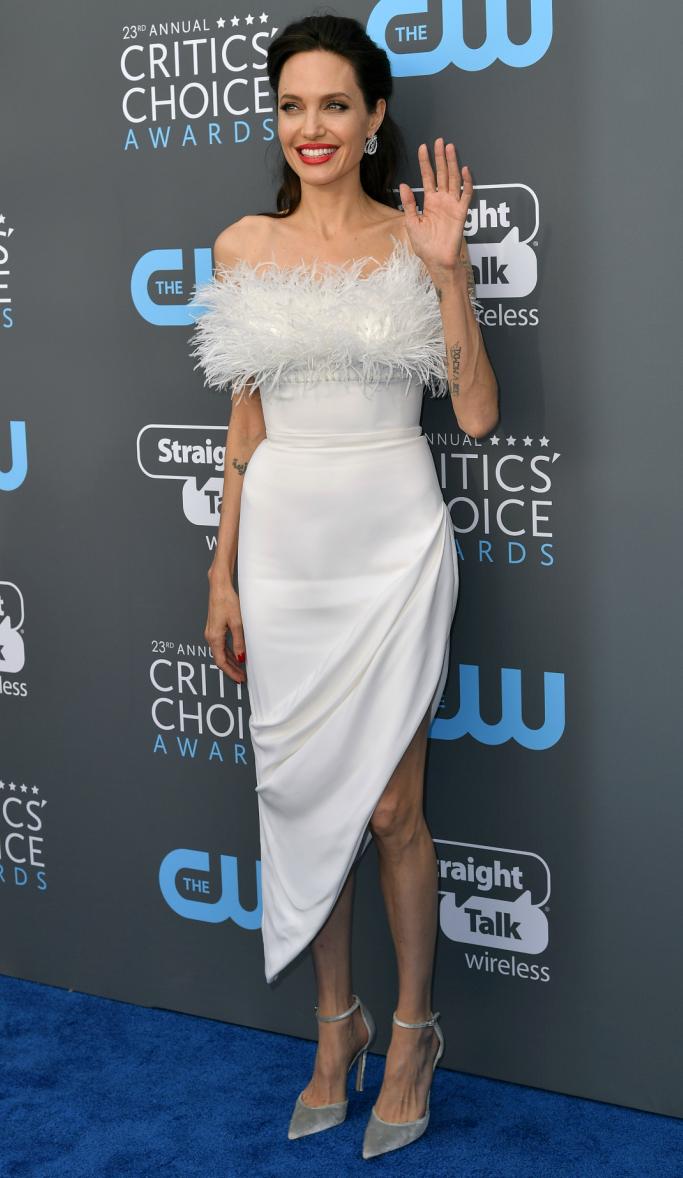 Angelina Jolie, critics choice awards red carpet