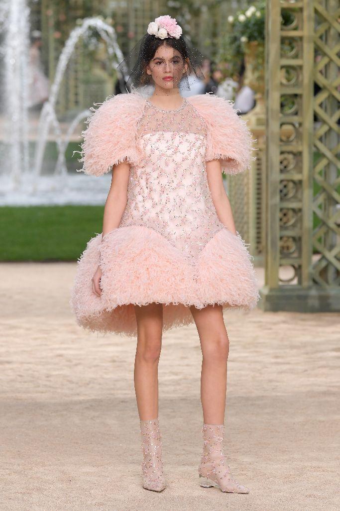 kaia gerber, chanel haute couture
