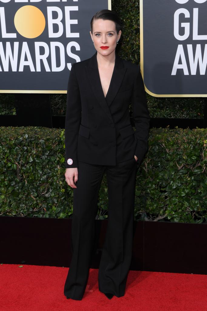 claire foy, golden globes 2018, red carpet, suit, menswear