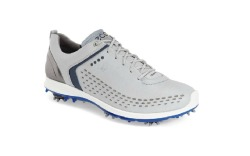 Now you never have to worry about getting your feet or even socks wet with this yak leather made golf shoe.