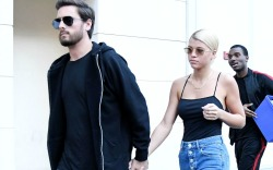 Sofia Richie Looks Like Kourtney Kardashian