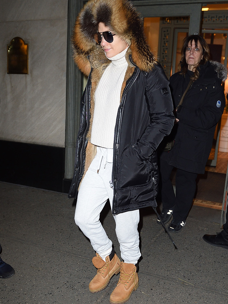 Jennifer Lopez fur parka Timberland boots
