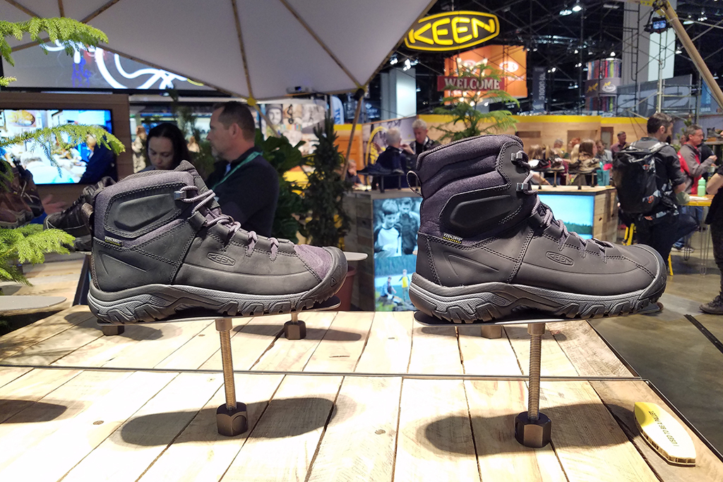Keen Targhee Lace Mid and High