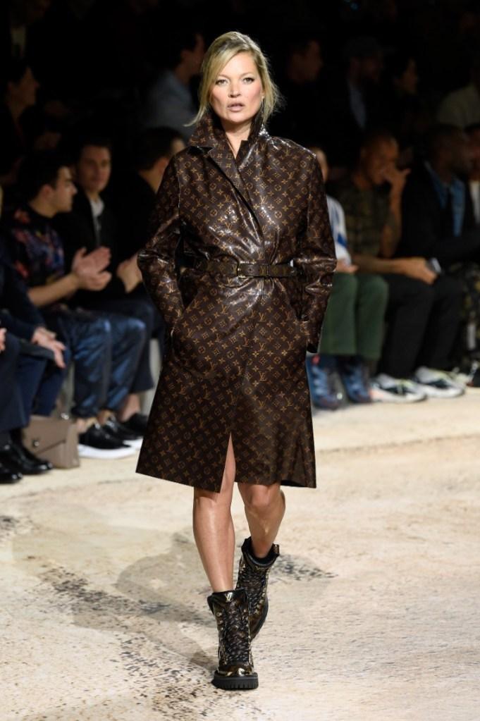 kate moss, paris men's fashion week, louis vuitton fall 2018