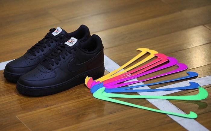Nike Air Force 1 Velcro Swoosh