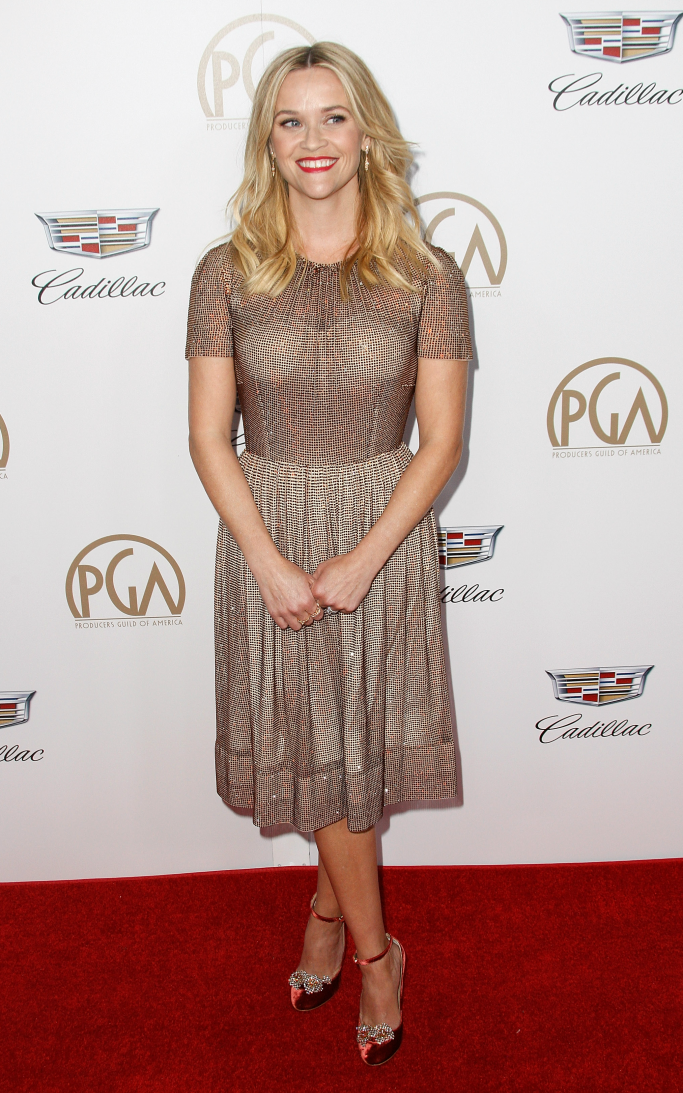reese witherspoon, producers guild awards red carpet, dolce and gabbana, chloe gosselin helix pumps