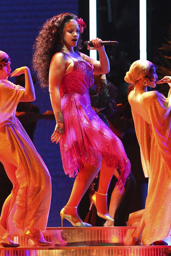 Rihanna Grammys 2018