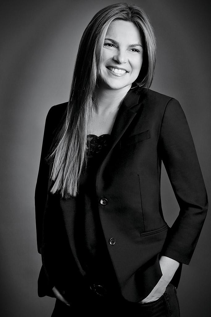 Amelia Newton-Varela steve madden