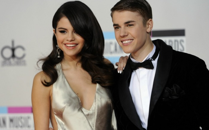 Justin Bieber and Selena Gomez at the 39th Annual American Music Awards.