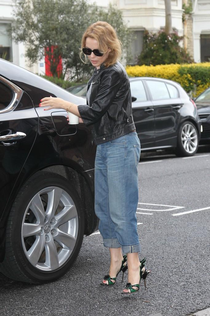 Kylie Minogue, Prada