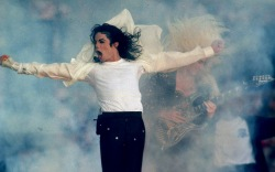 Super Bowl Performers: Their Best Style