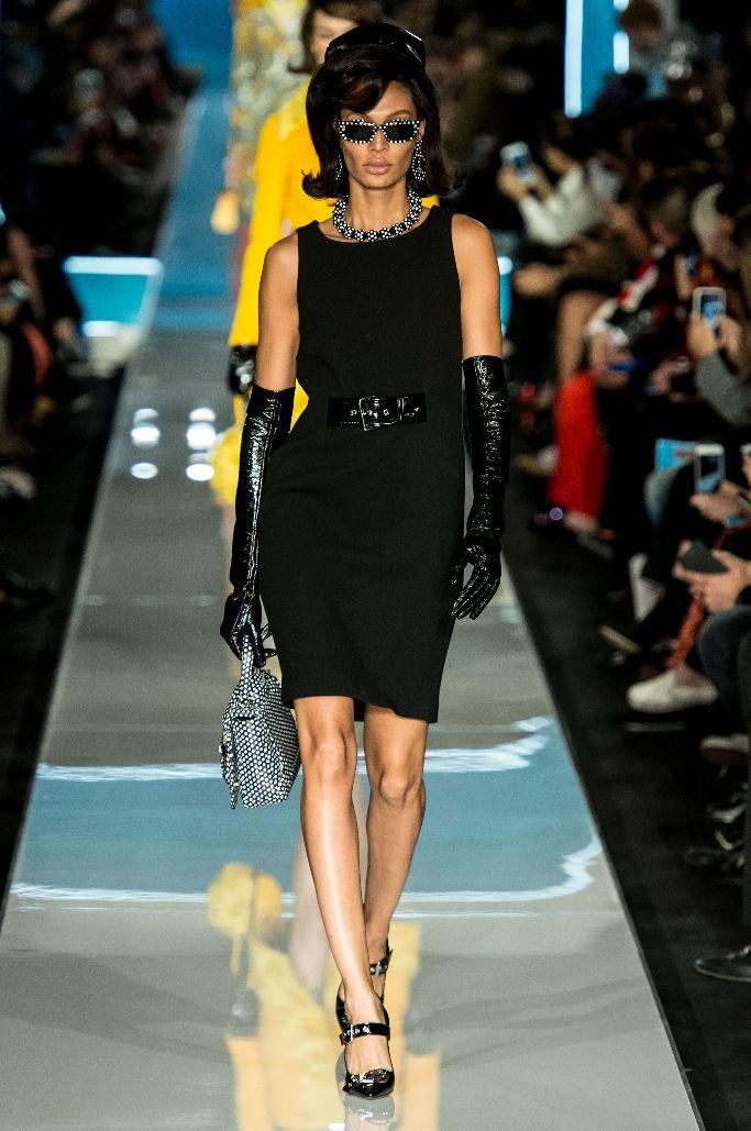 joan smalls, milan fashion week, moschino fall 2018