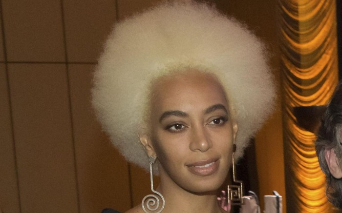 Solange Hair Blond Afro