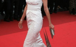 9 Times Celebs Wore Flats on the Red Carpet