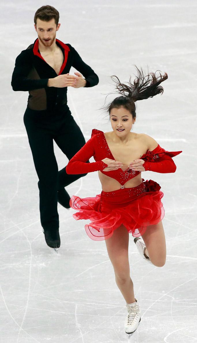 Yura Min wardrobe malfunction 2018 winter olympics dress
