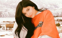 Kylie Jenner shares photos of herself