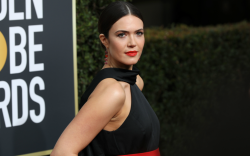 mandy moore, red carpet, golden globes